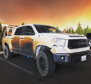 Toyota пообещала новый пикап владельцу расплавившейся «Тундры»