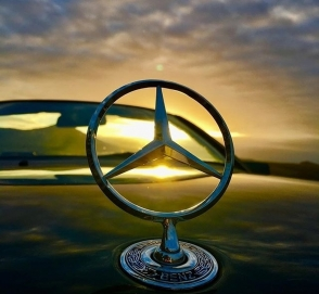 Новый седан Mercedes-Benz A-class запечатлен на видео