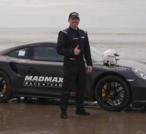Новый мировой рекорд скорости на песке установлен британским мотогонщиком