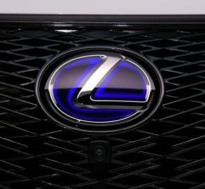 В Lexus считают, что электромобили еще не готовы к массовому распространению