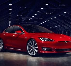 Tesla отзовет автомобили в Китае