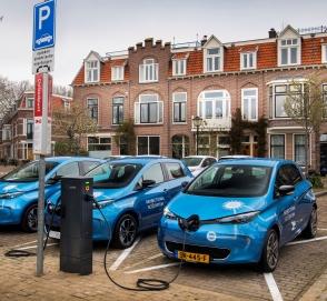 Renault начинает испытания реверсивной зарядной системы для электрокаров