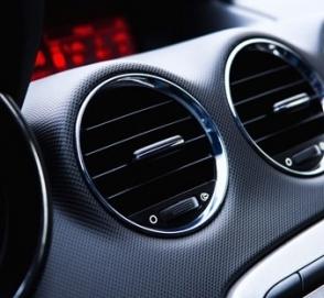 Почему автомобильный кондиционер нужно включать даже зимой