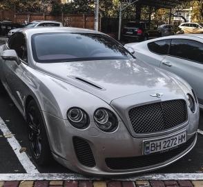 В Украине замечен редчайший Bentley
