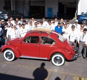 VW бесплатно отреставрировал Beetle с пробегом 560 тысяч километров