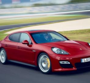 Porsche отзывает почти 100 тысяч автомобилей в США