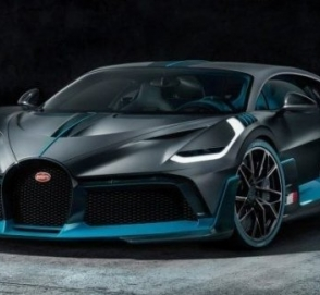 Bugatti готовит новые версии гиперкара Chiron