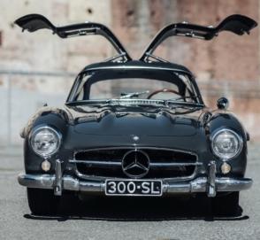 Mercedes-Benz 300SL Gullwing продают за миллион долларов