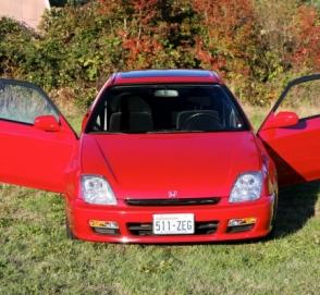 22-летнюю Honda Prelude почти без пробега выставили на продажу