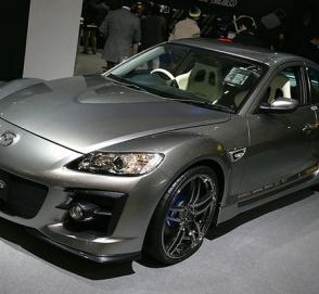У Mazda возникли проблемы с двигателем для нового спорткара