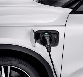 Каждый второй Volvo станет электромобилем