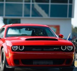 Dodge запретил ездить на «Демоне» в холодную погоду