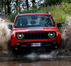 Jeep Renegade PHEV скоро представят публике