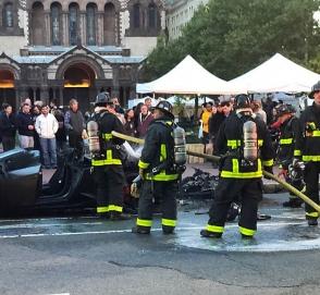 Редкий Lamborghini сгорел возле библиотеки