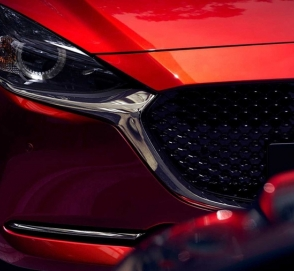 Хэтчбек Mazda2 обновился и сменил имя в Японии