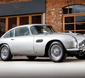 Aston Martin DB5 Джеймса Бонда выставят на продажу