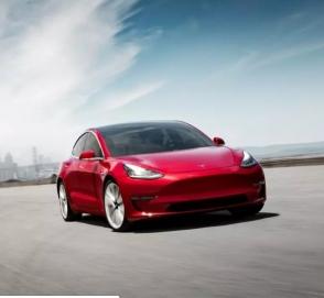 У Tesla Model 3 появилась «дешевая» версия