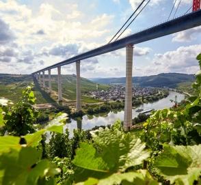 В Германии открыли самый высокий автомобильный мост в Европе