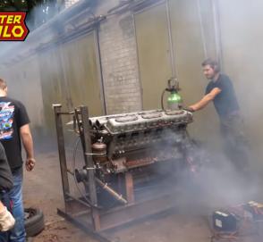 Видео: огромный мотор от танка запустили впервые за 28 лет