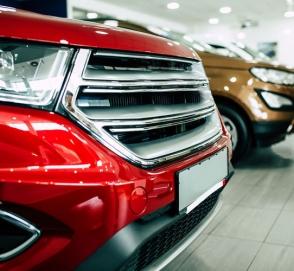 Продажи автомобилей в Европе рухнули почти на четверть