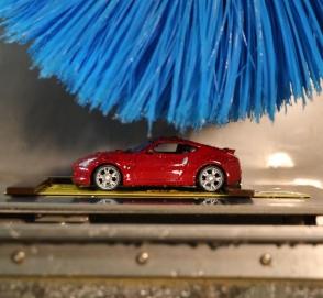 Зачем Nissan создал игрушечную автомойку