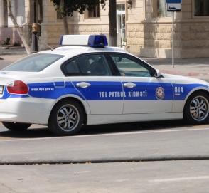 Полиция Баку впервые «променяла» BMW на Mercedes