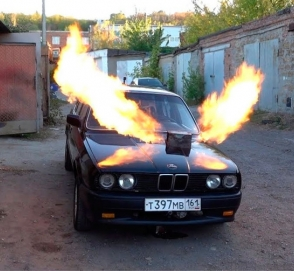 На что способна BMW E30 с двигателем от самолета Миг-23