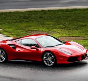 Появилось первое фото «экстремального» Ferrari