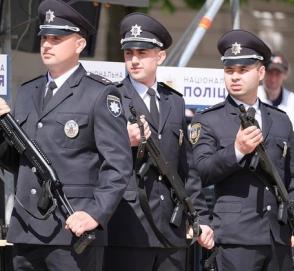 Князев: каждому полицейскому офицеру громады по автомобилю