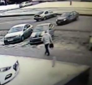 Авария привела к «удачному парковочному маневру»