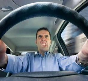Водителей обяжут проходить дорогостоящие курсы