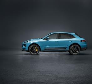 Porsche отзывает Cayenne и Macan из-за швейных нитей