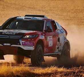 Mitsubishi Eclipse Cross получил гоночную версию для «Дакара»