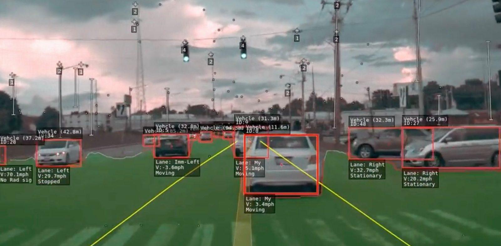 Tesla показала, как система автопилота «видит» мир