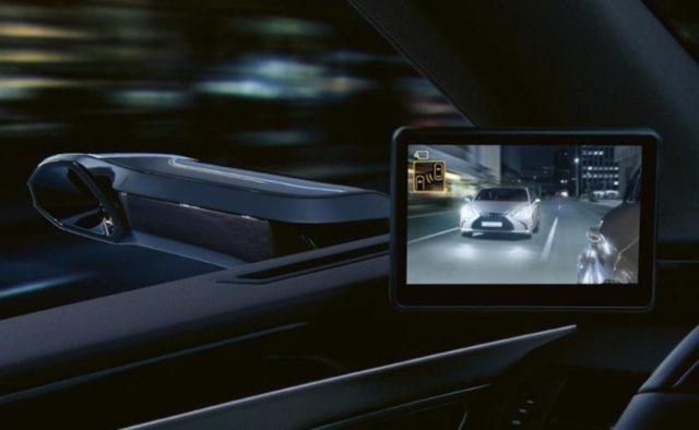 В Европе появится первый серийный автомобиль без боковых зеркал