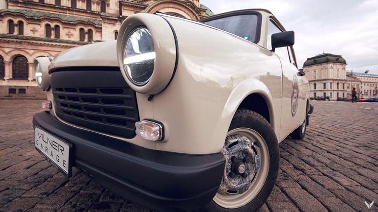 Болгарское ателье сделало рестомод легендарного Trabant